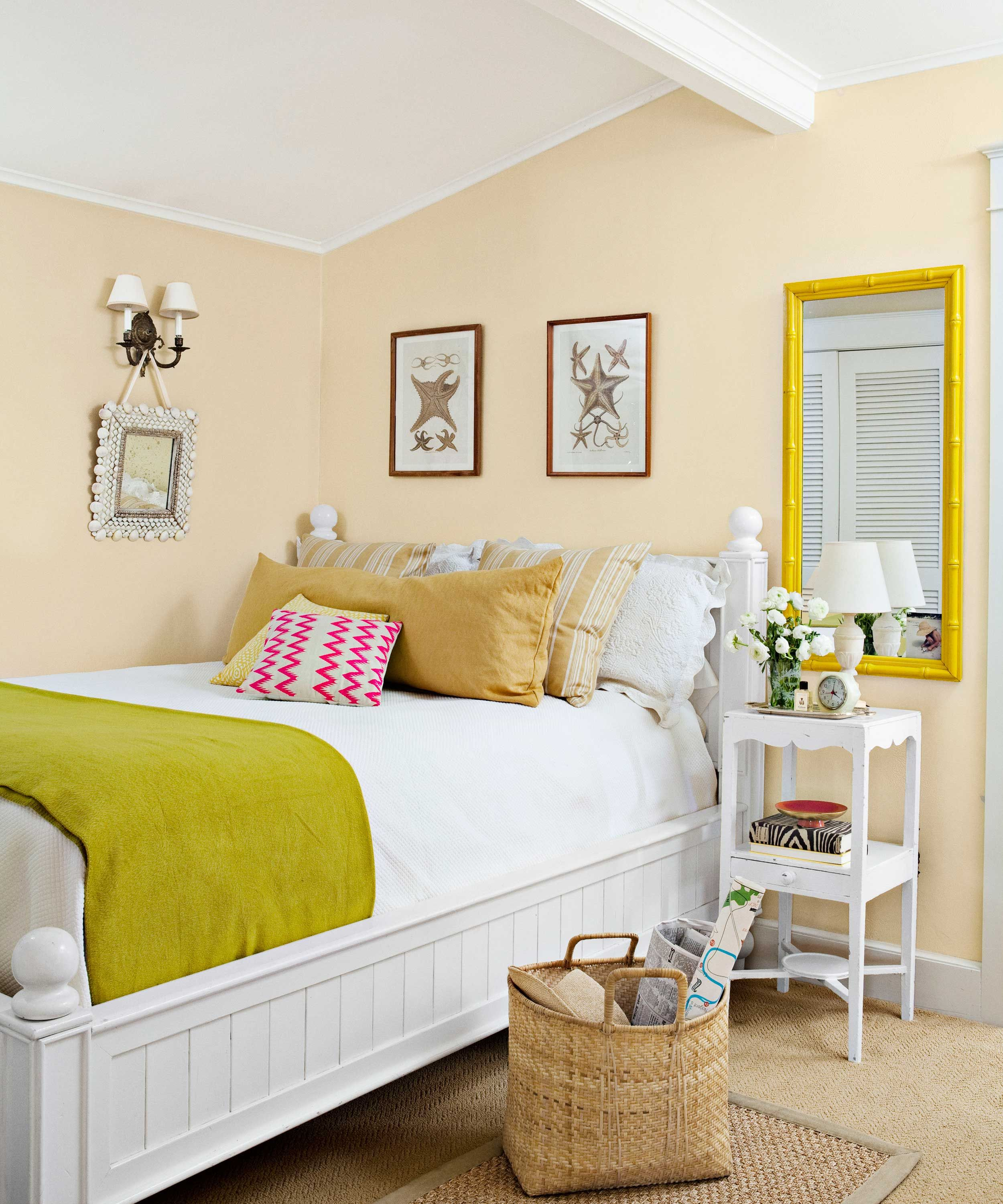 27 Of The Best Paint Colors For Small Spaces Small Bedroom Colours Warm Bedroom Colors Bedroom Color Schemes