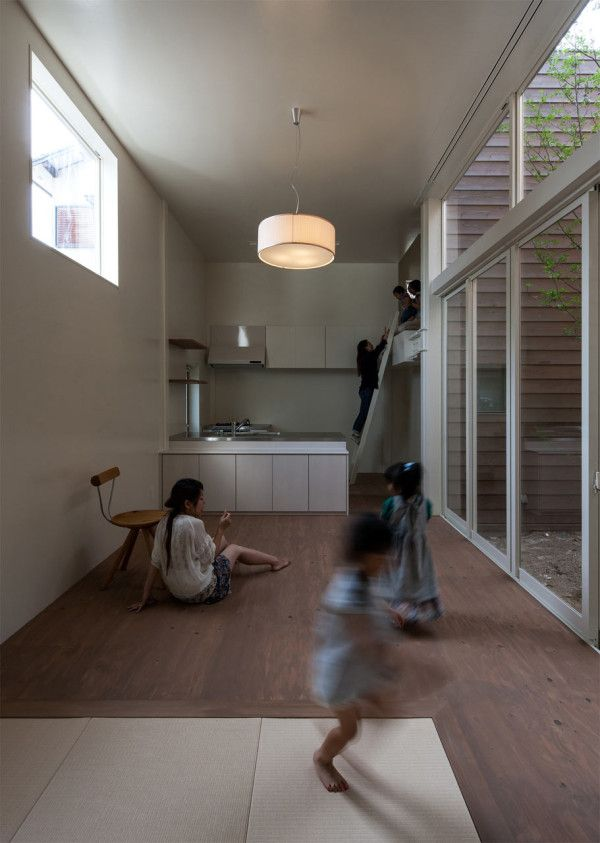 A Modern Japanese House With A Surprise Garden Inside