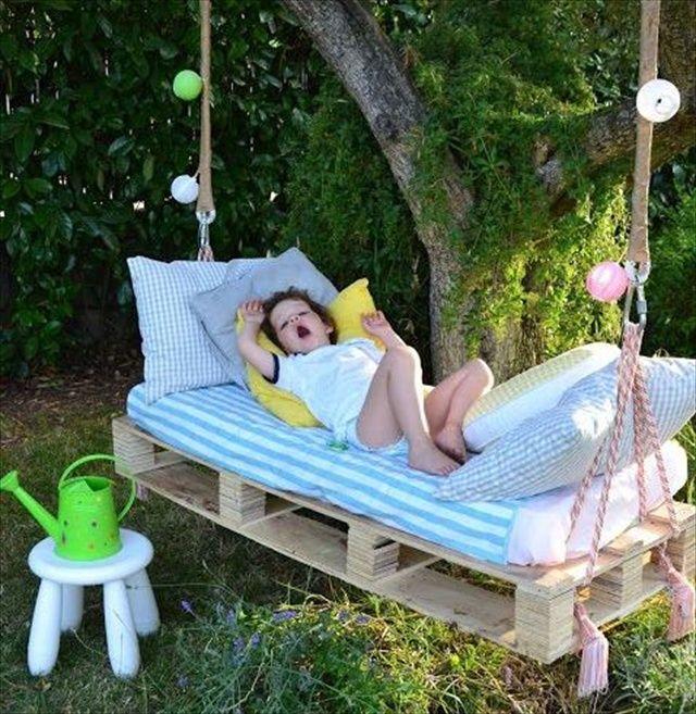 DIY Outdoor Hanging Bed For Kids   Pallets + Crib Mattress