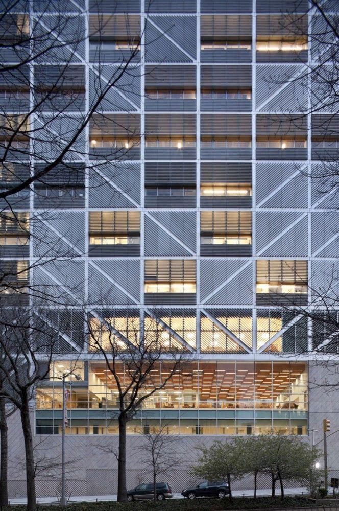 Northwest Corner Building / Moneo Brock Studio