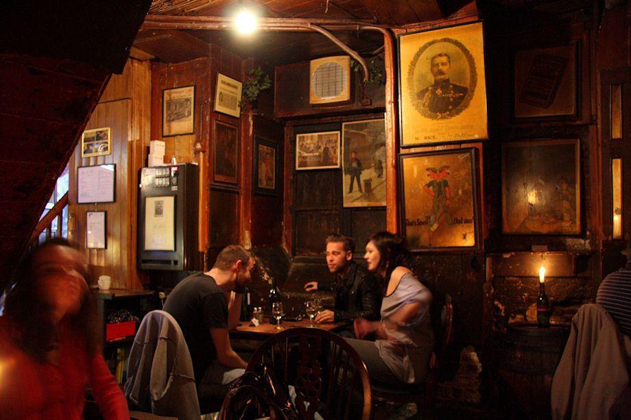 Gordon's Wine Bar (London, UK) | London bars, Wine bar ...