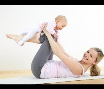 7 عادات تخلصك من ترهلات البطن بعد الولادة القيصرية Lose Baby Weight Baby Workout Busy Mom Workout