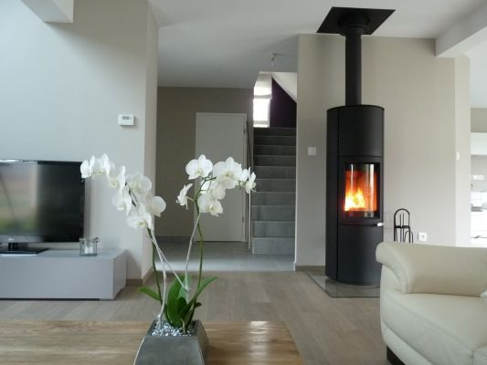 poele bois home pinterest po le bois et chemin e. Black Bedroom Furniture Sets. Home Design Ideas