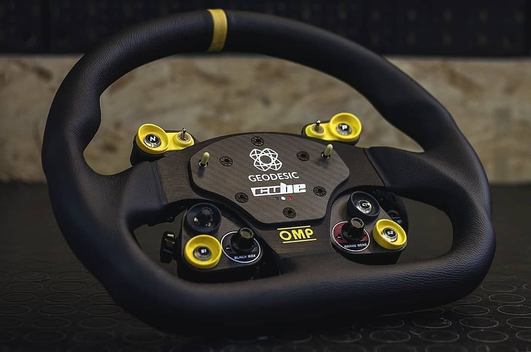 Custom @cube controls GT-PRO OMP steering wheel for