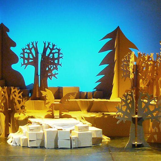 Escenograf a opera hansel y gretel valencia rbol de - Carton valencia ...