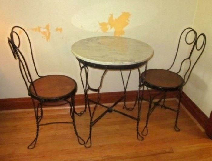 Net Authentic Vintage Ice Cream Parlor Table With Two Chairs Has Solid Marble Top Base Is Black Wrought Iron Are