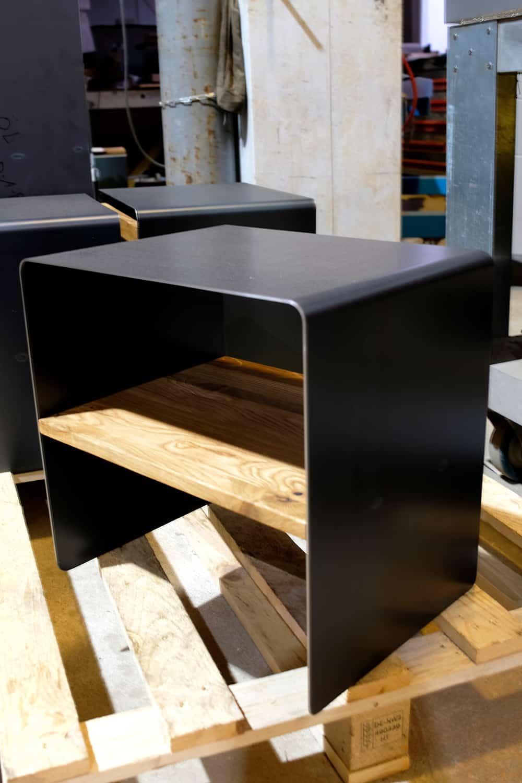 Beistelltisch Mnmlsm Classic Holz Metall Eiche Schwarz Grau Stahlzart Design Mobel Online Shop In 2020 Diy Mobel Holz Holz Beistelltisch Holz