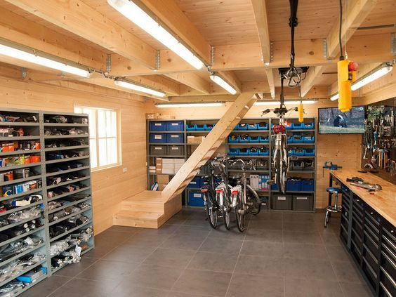 Photo of Wooden garage with flat roof layout