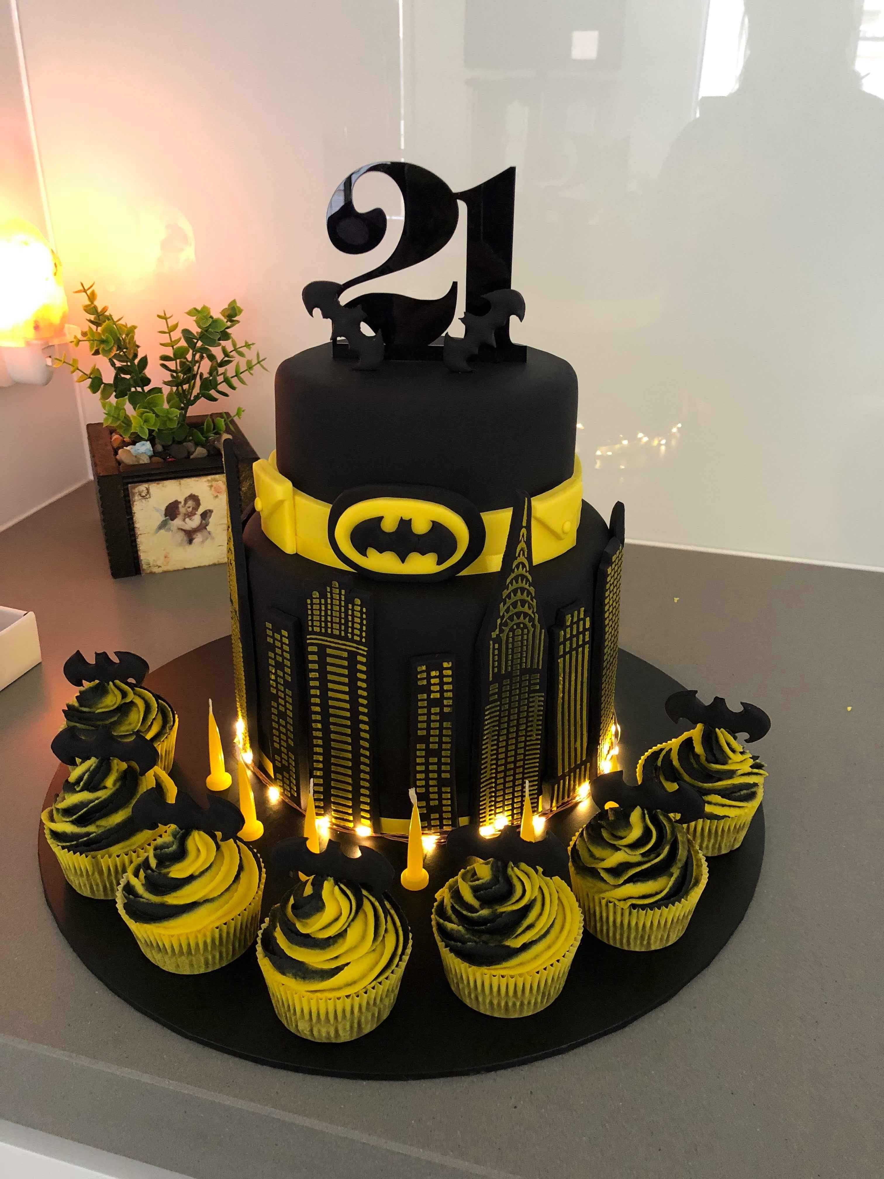 21st Batman Cake Light Up