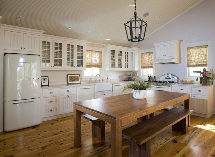 42 Kitchens With Vaulted Ceilings Retro Appliances
