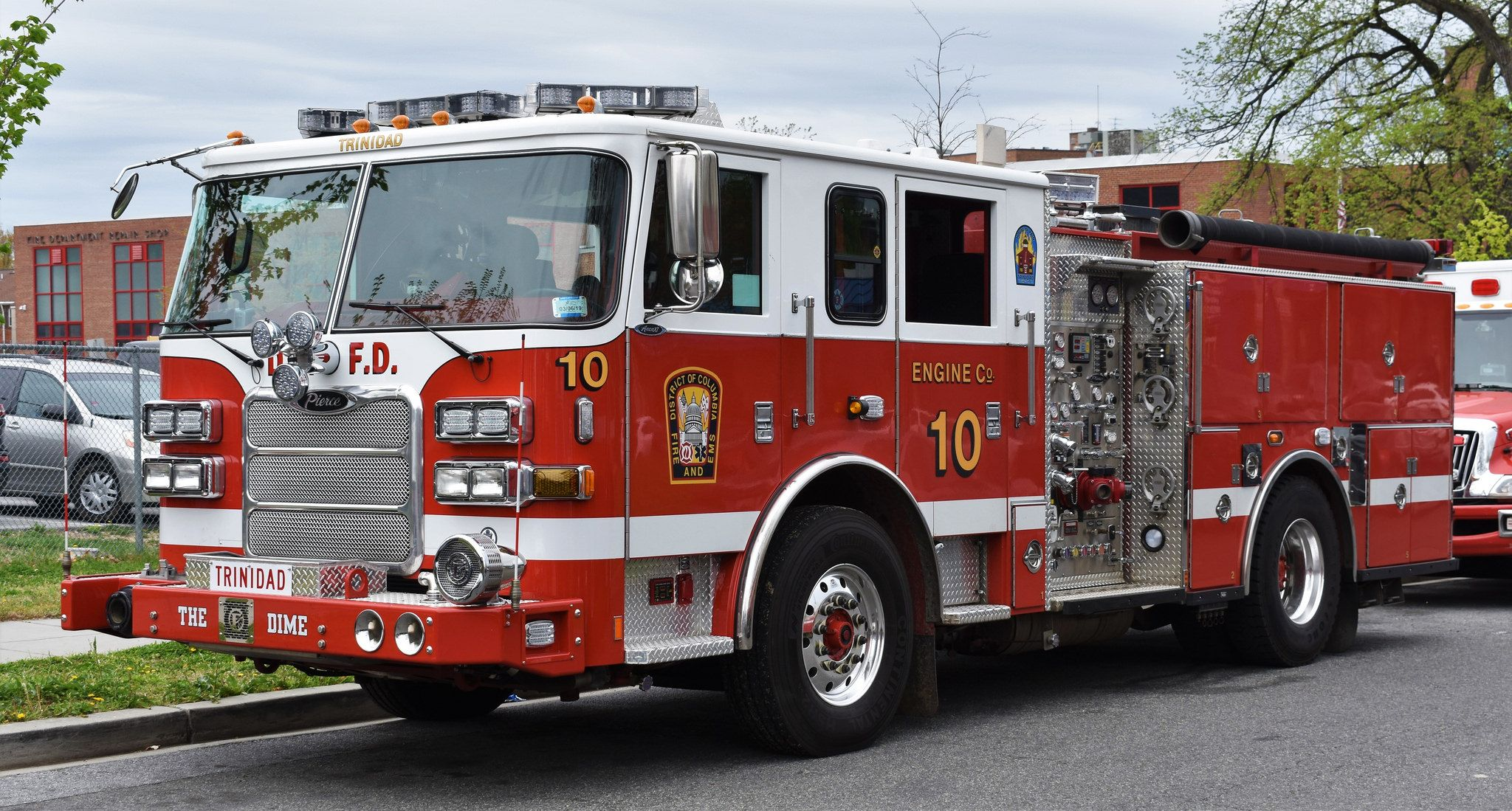 Washington D C Fire Ems Engine 10 2014 Pierce Arrow Xt Fire Trucks Engineering Emergency Service