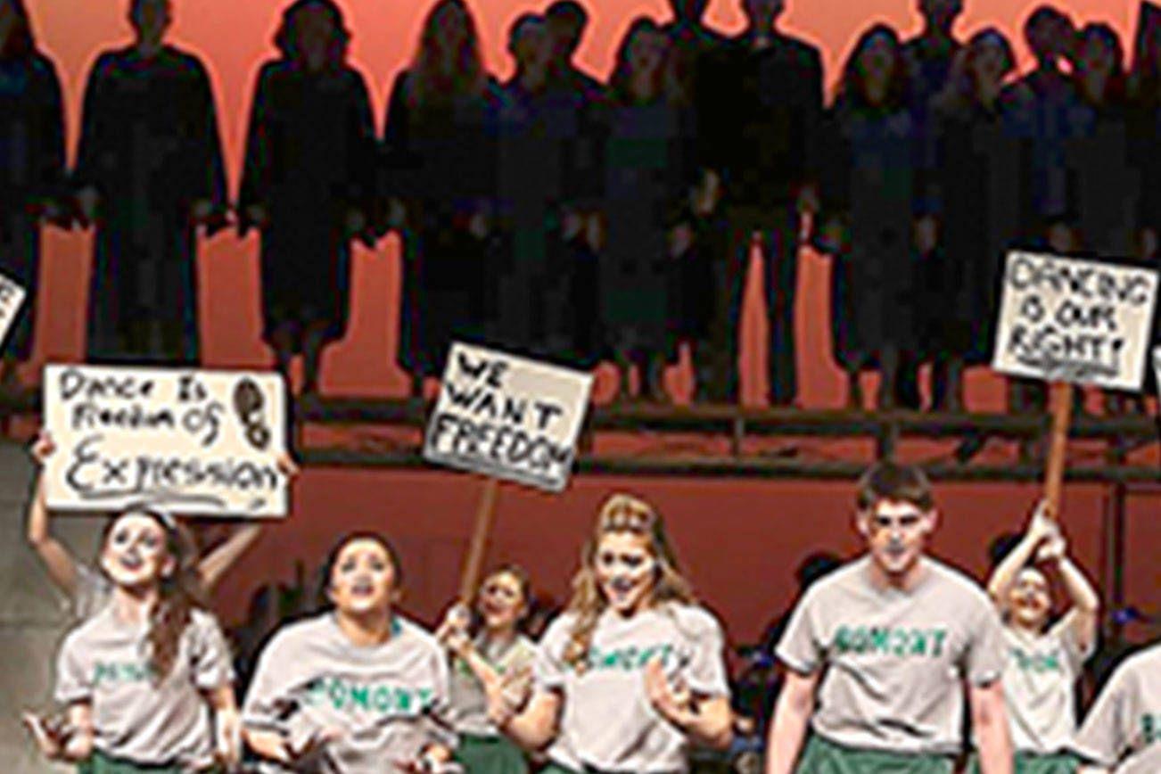 Kamiak high school takes home top 5th avenue theater award