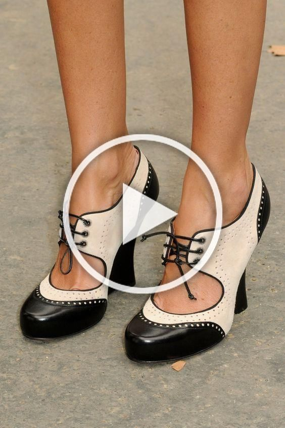 OMG Womens Black and White Lace Up Chunky Heels Ankle Boots