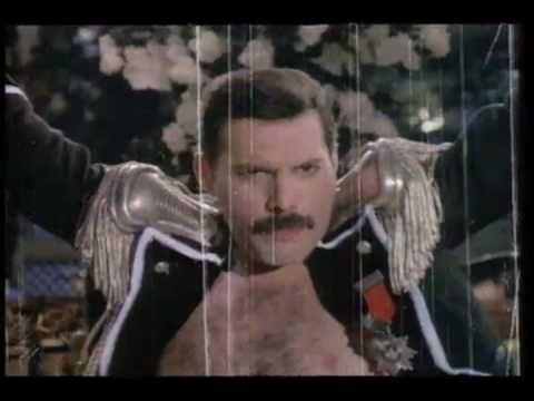 Fredy Mercury - Living on my own.avi - YouTube