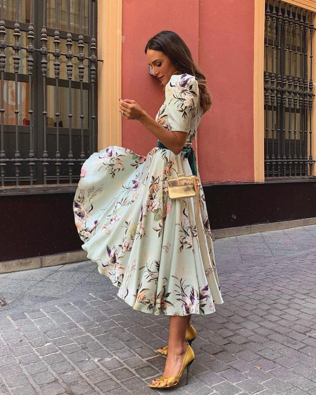 30 Wedding Guest Dresses For Every Seasons Style Wedding Guest Dress Spring Wedding Guest Dress Winter Wedding Outfits [ 1350 x 1080 Pixel ]