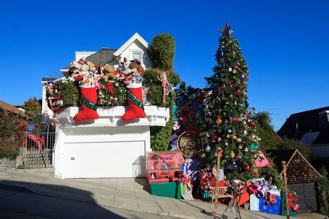 Crazy Christmas decorations | Life | Pinterest | Christmas ...
