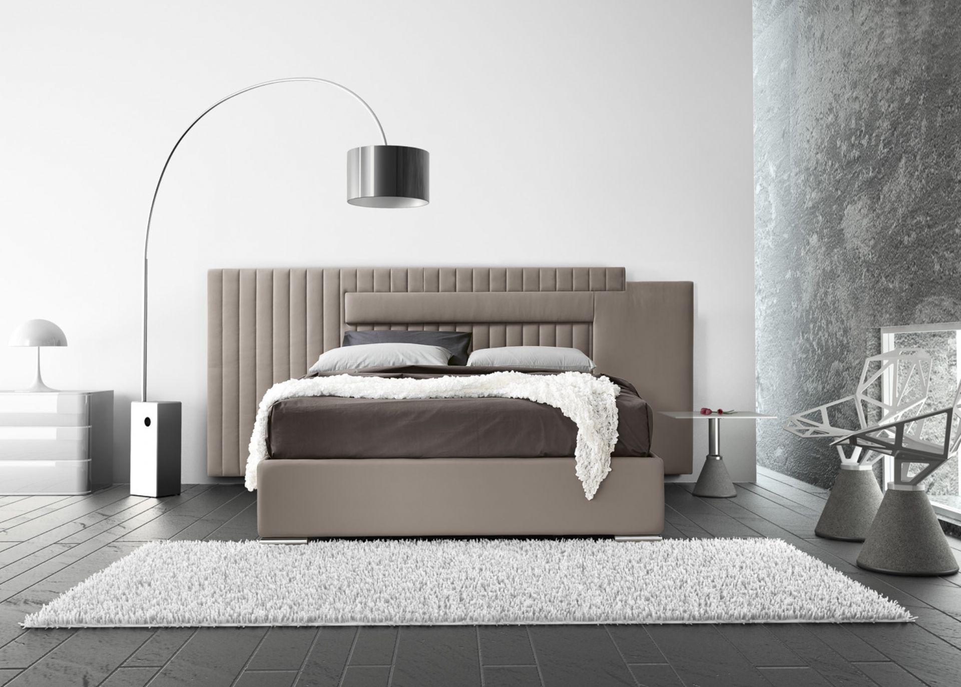 Mod spazio big letti imbottiti moderni nel 2019 letti for Letti moderni design