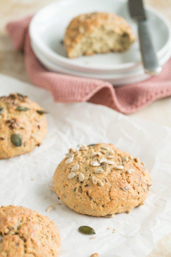 Low Carb Brötchen ohne Mehl mit Frischkäse | Rezept | Brot