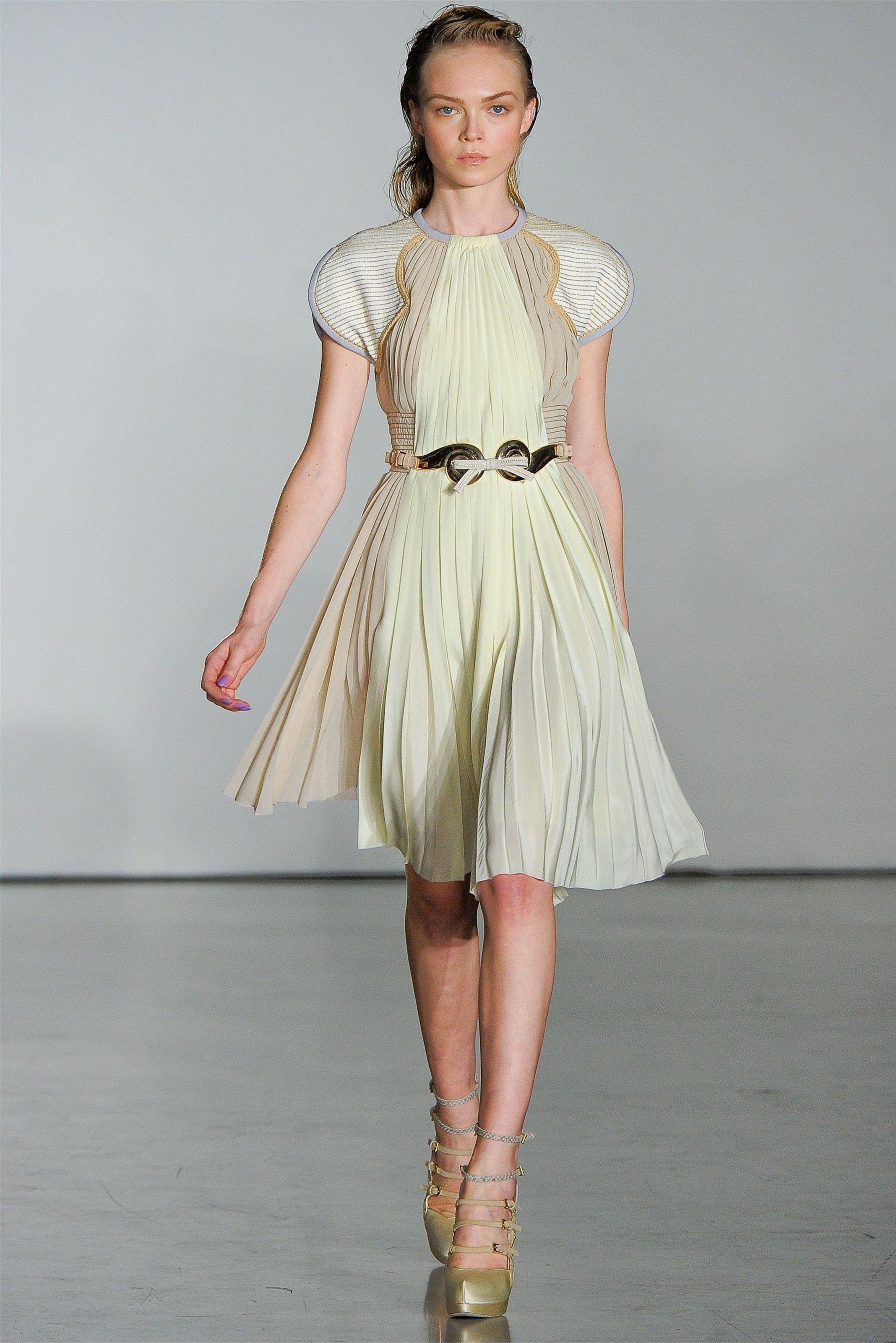 Aquilano rimondi dresses pinterest beautiful gowns couture