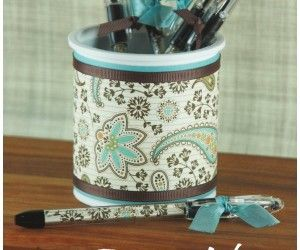 Diy Pen Holder Made From A Recycled Frosting Container I Love Recycled Projects Especially Easy Ones Crafts Pen Holders Diy