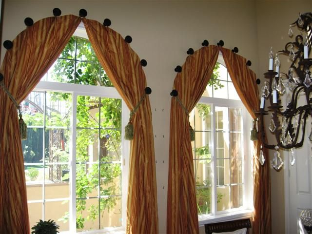 Arched Window Curtain. The Link Doesnu0027t Work, But From The Picture,