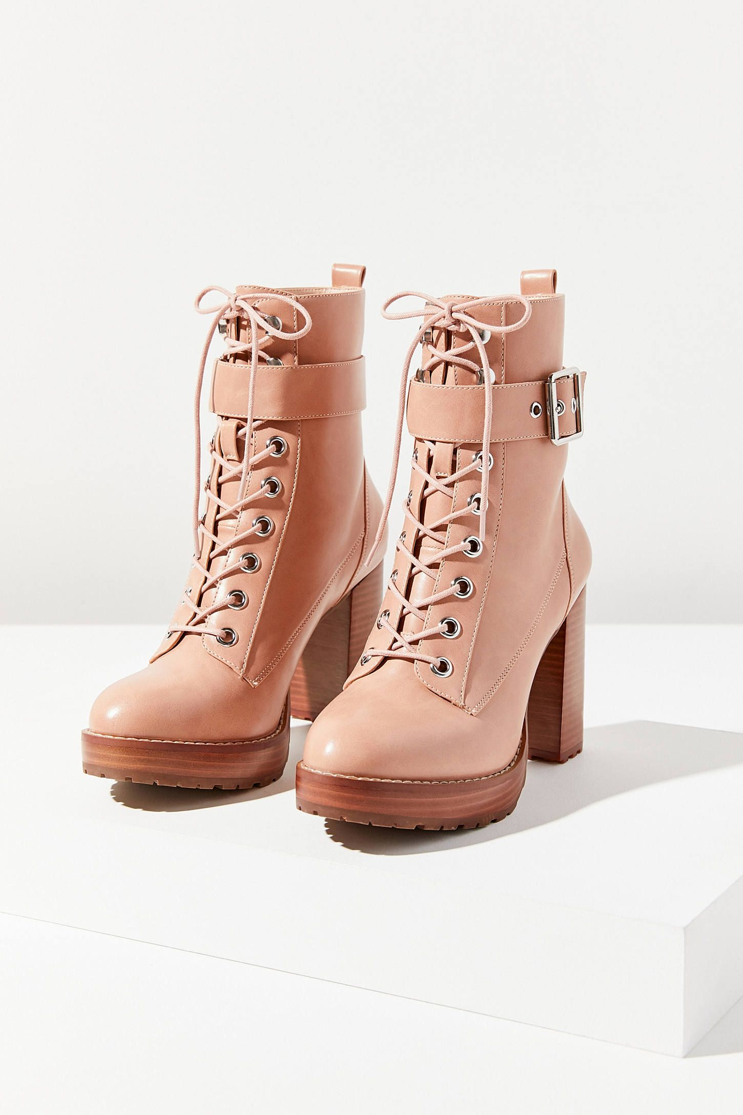 36237f01623 UO Kennedy Heeled Lace-Up Boot   Garfts   Boots, Bootie boots, Shoe ...