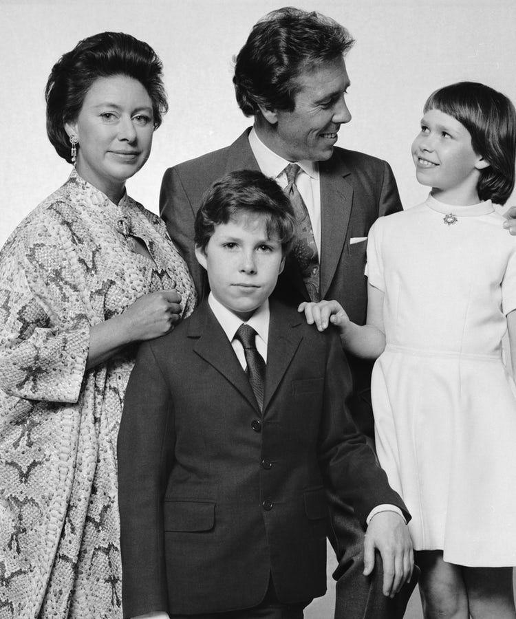 Princess Margaret S Children Meet Lady Sarah Chatto And David