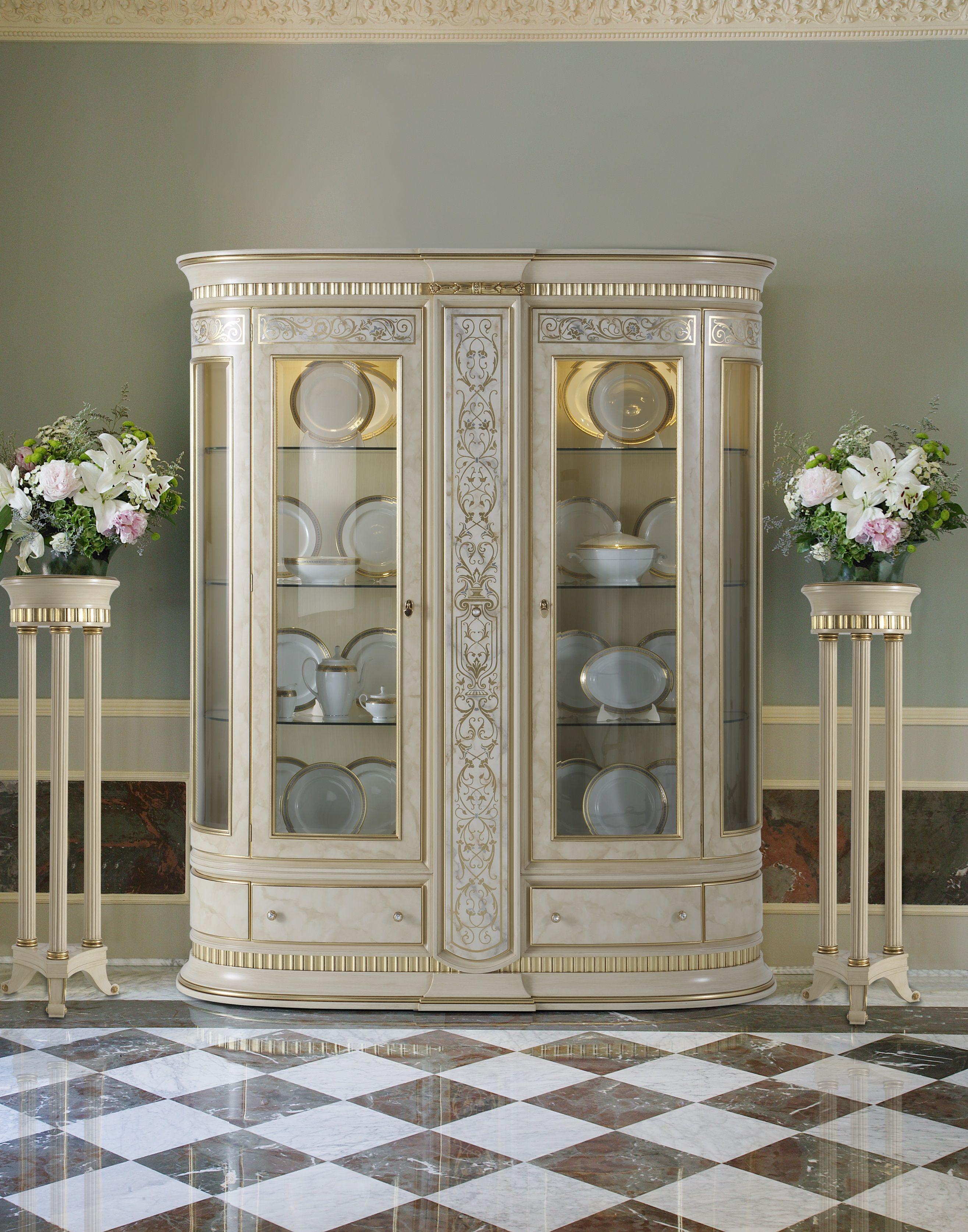 Vicente zaragoz muebles pinterest vitrinas muebles for Diseno interiores zaragoza