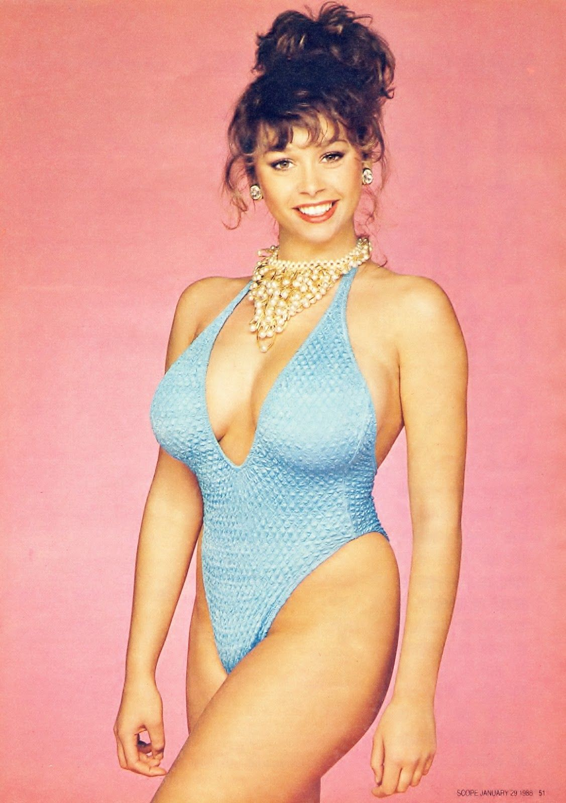 Image of Maria Whittaker Maria Whittaker, Tina Louise, Blue One Piece, Pin Up Models, Glamour