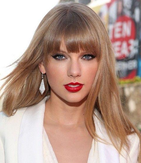 Taylor swift hairstyles sassy straight haircut with bangs taylor taylor swift hairstyles sassy straight haircut with bangs voltagebd Image collections