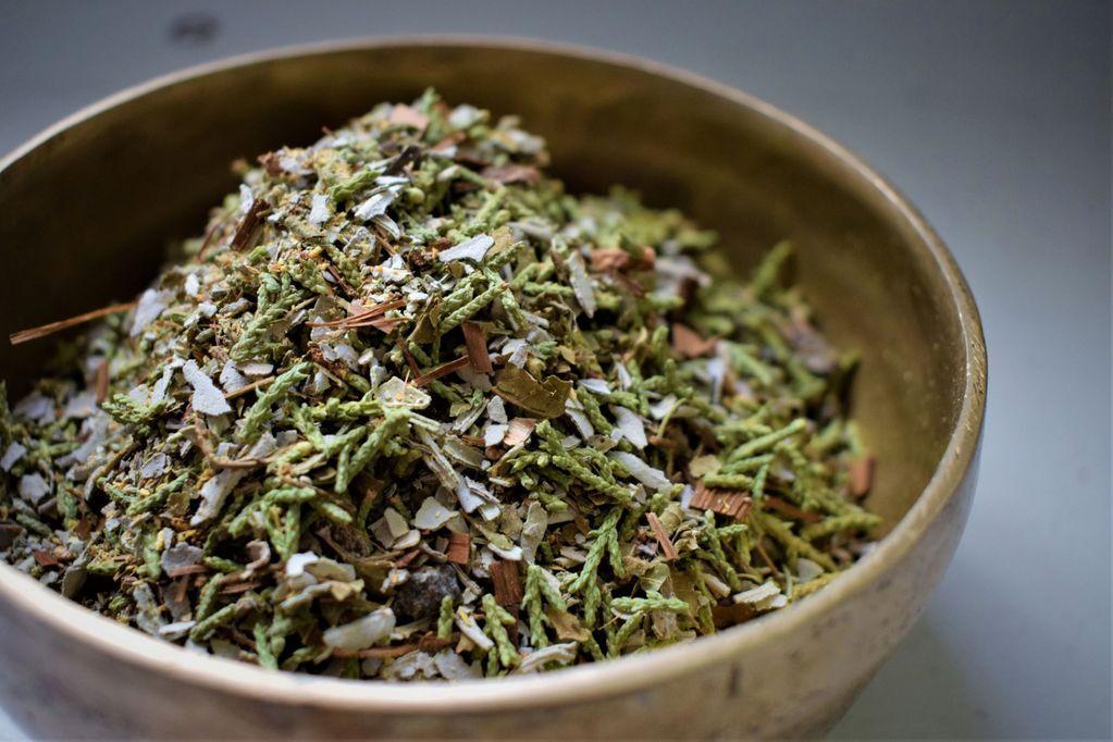 Meditation ritual incense palo santo sage juniper