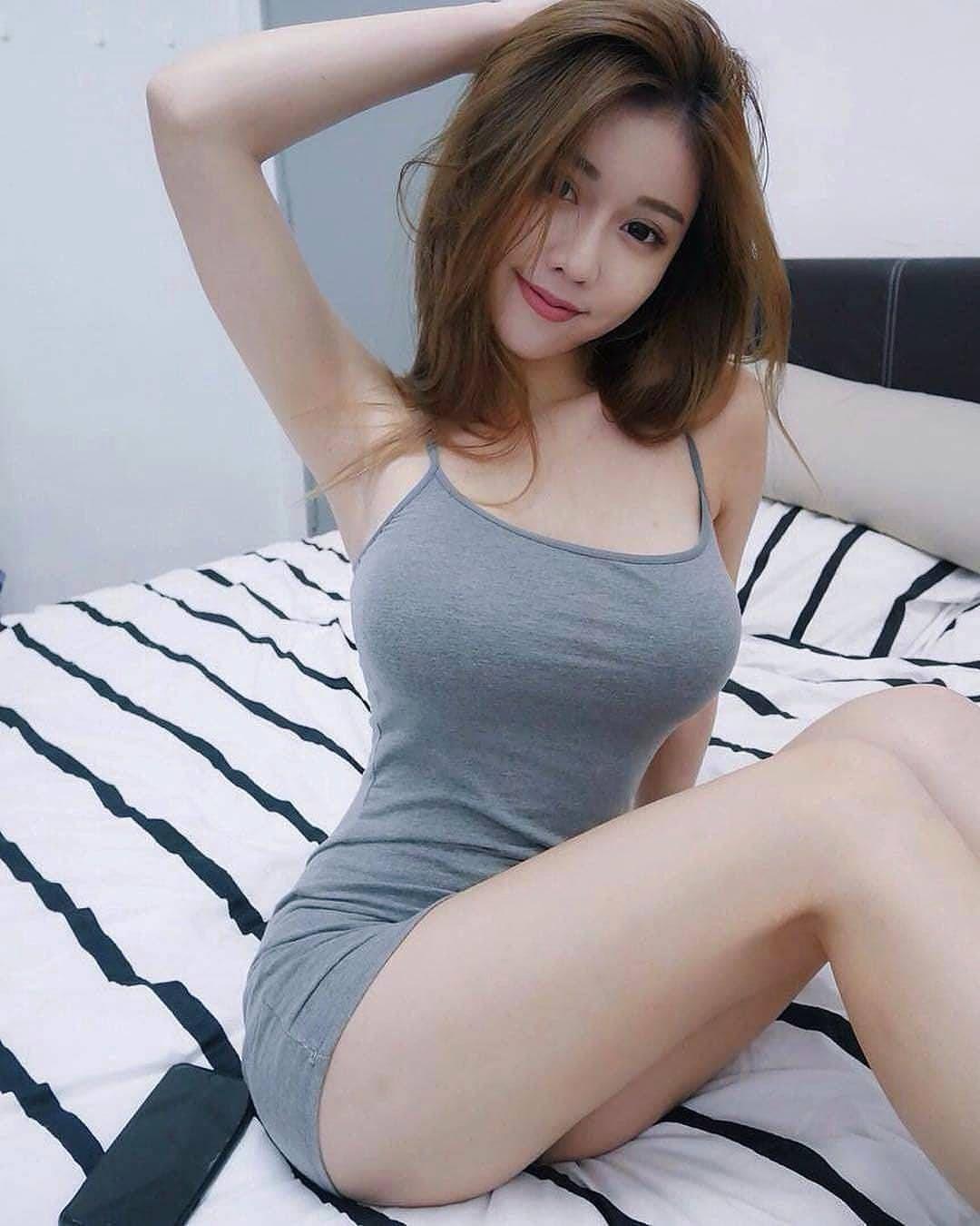 Evilyn Fierce Nude Photos 15