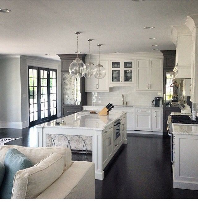 Pictures Of White Kitchens: Open Concept
