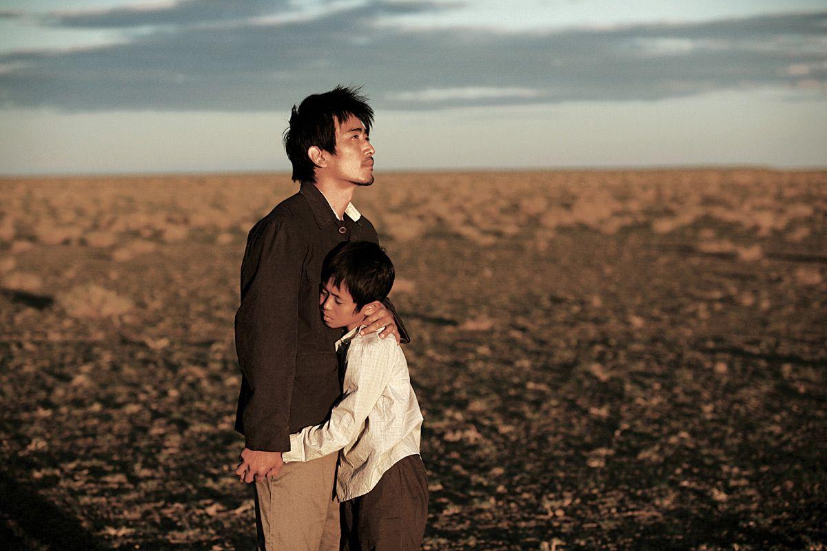 [크로싱] X같은 '인생은 아름다워' (김태균 감독 Crossing, 2008) 한국, 첫사랑, 사람