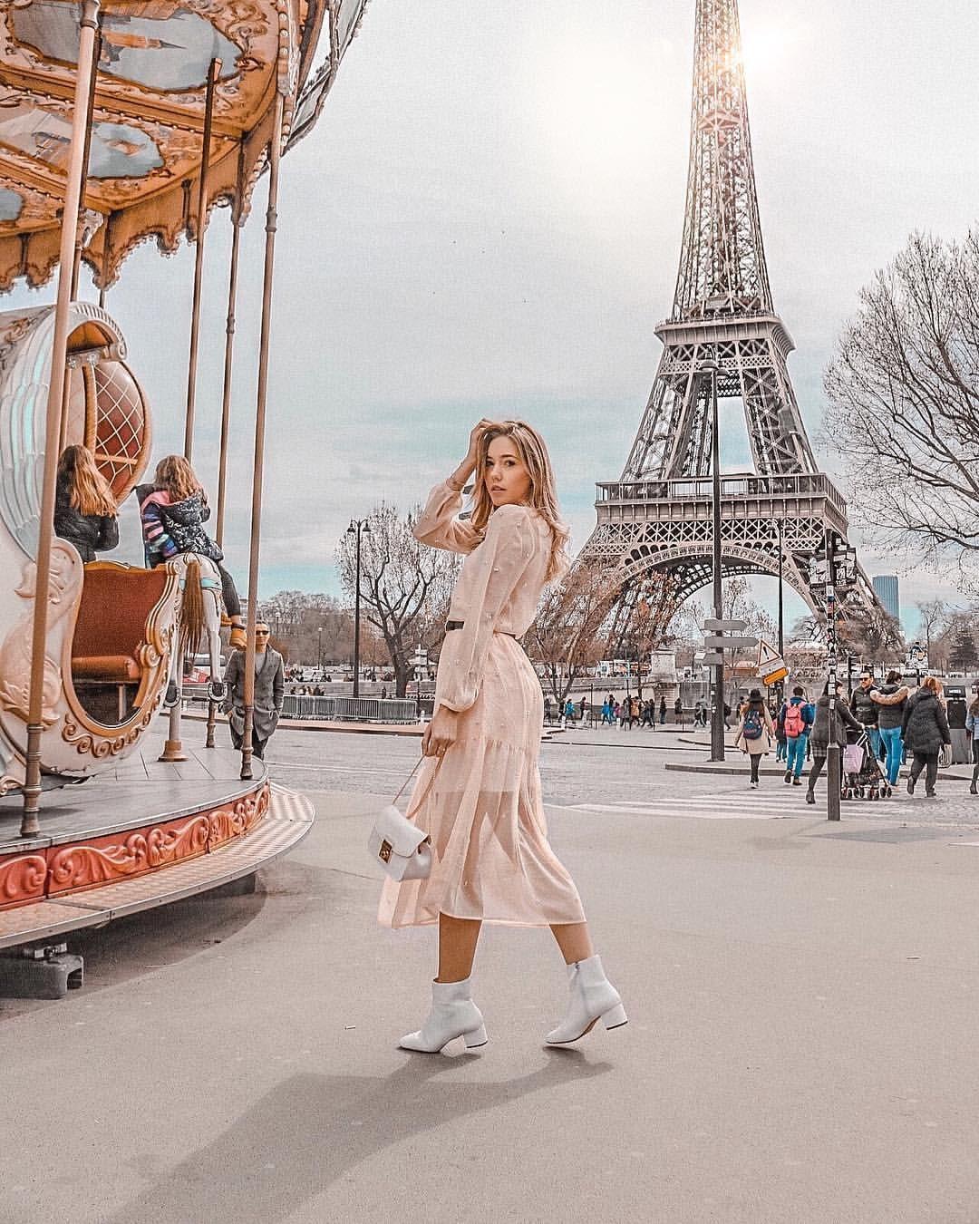 "INSPO • TRAVEL • FASHION on Instagram: ""Werbung, da Verlinkung  My favorite place … 💗 happy friday meine Lieben 💕 #fashionblogger #fashionblogger_de #syleblogger #germanblogger…"""