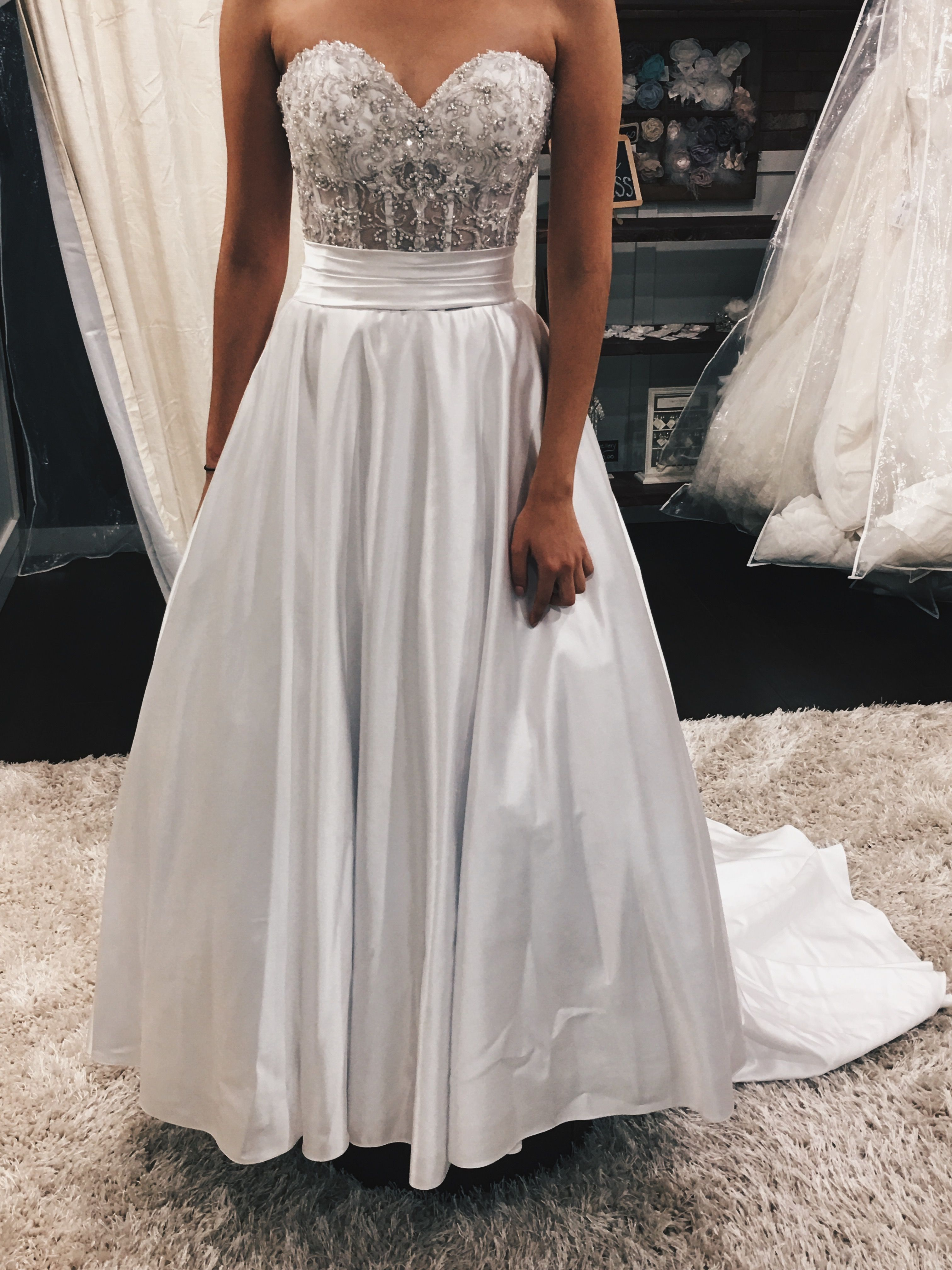 This gorgeous white dress is everything you need for your wedding day!
