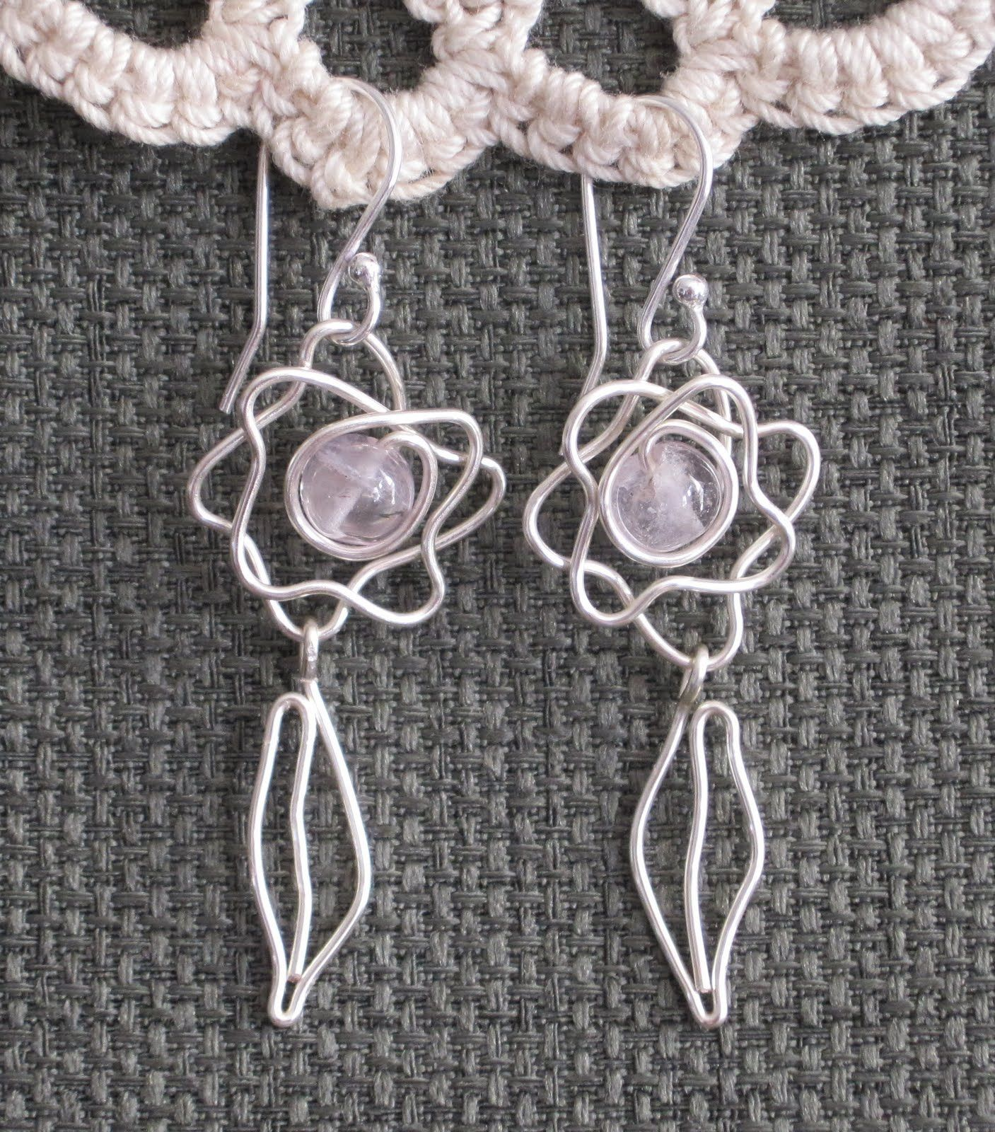 Doodle Wire Earrings Tutorials Just for Fun! - The Beading Gem\'s ...