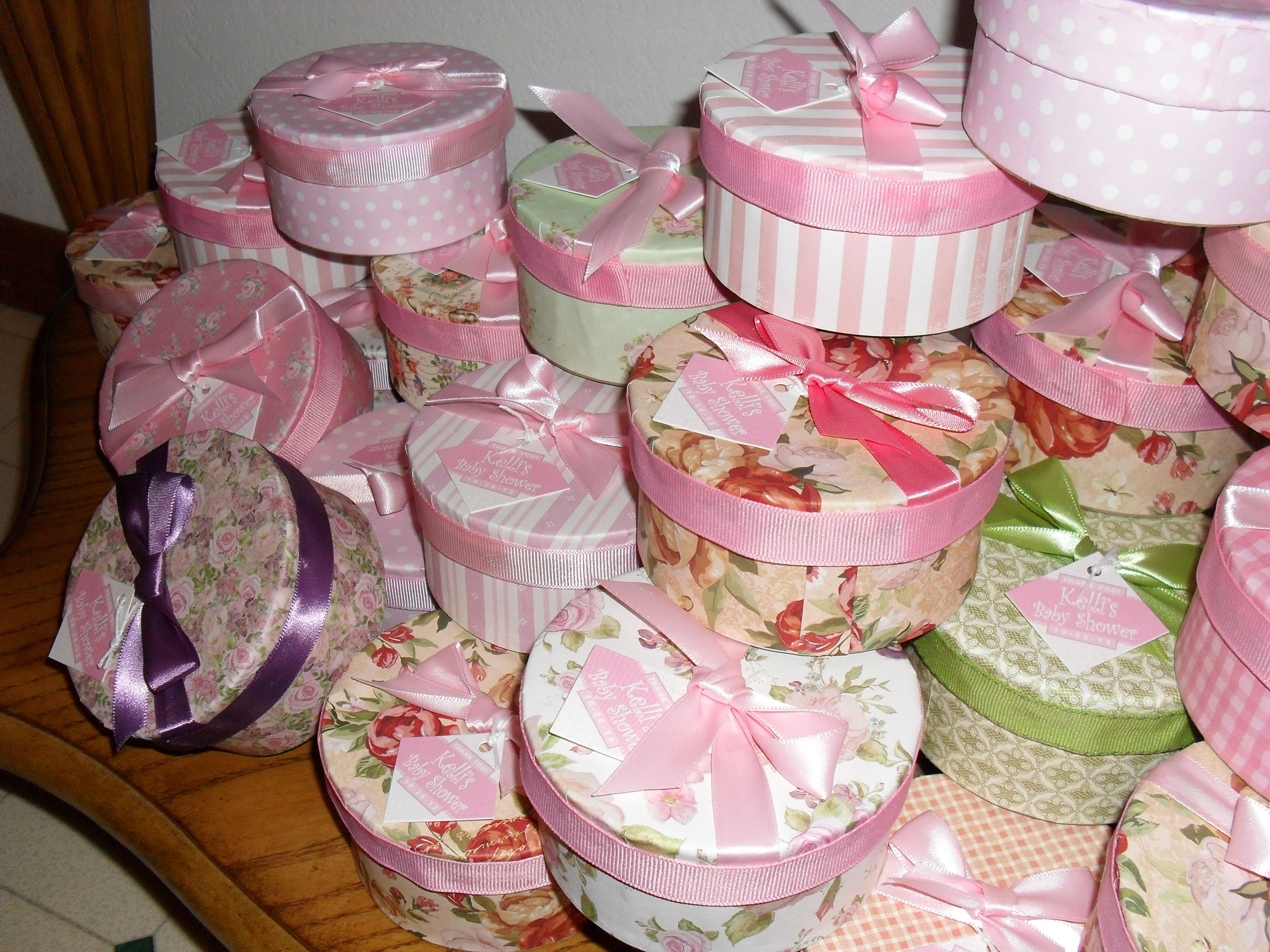 Baby shower favor boxes...mini hat boxes for tea party. | Boxes ...