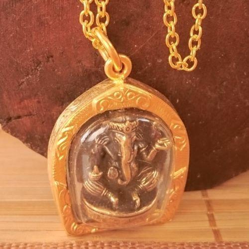 Authentic-Ganesh-Ganesha-Gold-Pendant-Amulet-Shrine-Statue-Necklace-Cord-Pouch