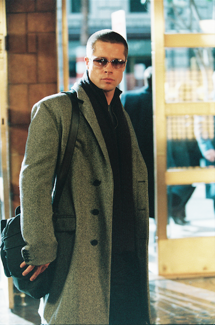 A Dark And Mysterious Brad Pitt In Mr Mrs Smith C 2014 Fox All Rights Reserved Brad Pitt Brad Pitt Haircut Brad Pitt And Angelina Jolie