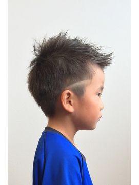 Replay Hair Design キッズカット ソフトモヒカン ラインアート ヘア
