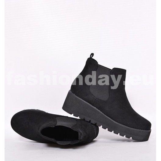 Dámske topánky čiernej farby s hrubou podrážkou - fashionday.eu ... 20c9e8647db