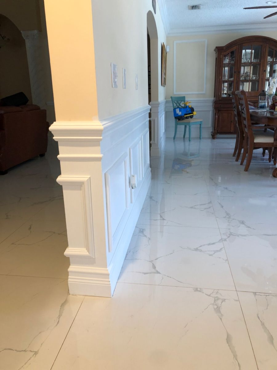 Wainscoting In Miami In 2020 Installing Wainscoting