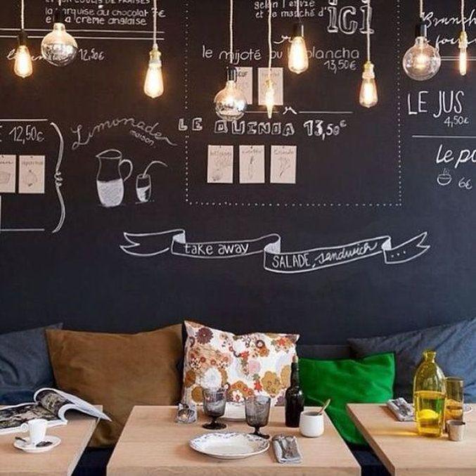 Efeito lousa: decoração personalizável #camilaliradecoredesign #lousa #personalização #inspirações #inspirations #dicas #ideias #arquiteturadeinteriores #designdeinteriores #decoração #decor #decoration #decorating #ambientação #design #instadecor #instahome #interiorstyling #interiorsdesign #interiors #interiores #homedesign #decorlovers #coolreference #details #furniture #homedecor #homedecoration #estilo #style
