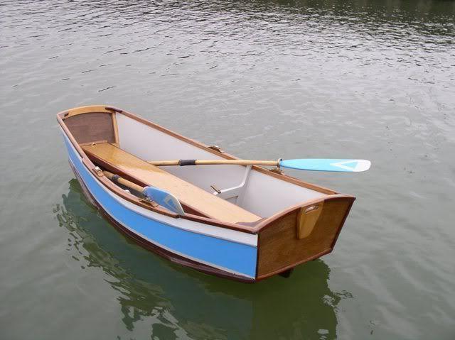 elegant punt - Google Search | Boatbuilding in 2019 | Boat ...