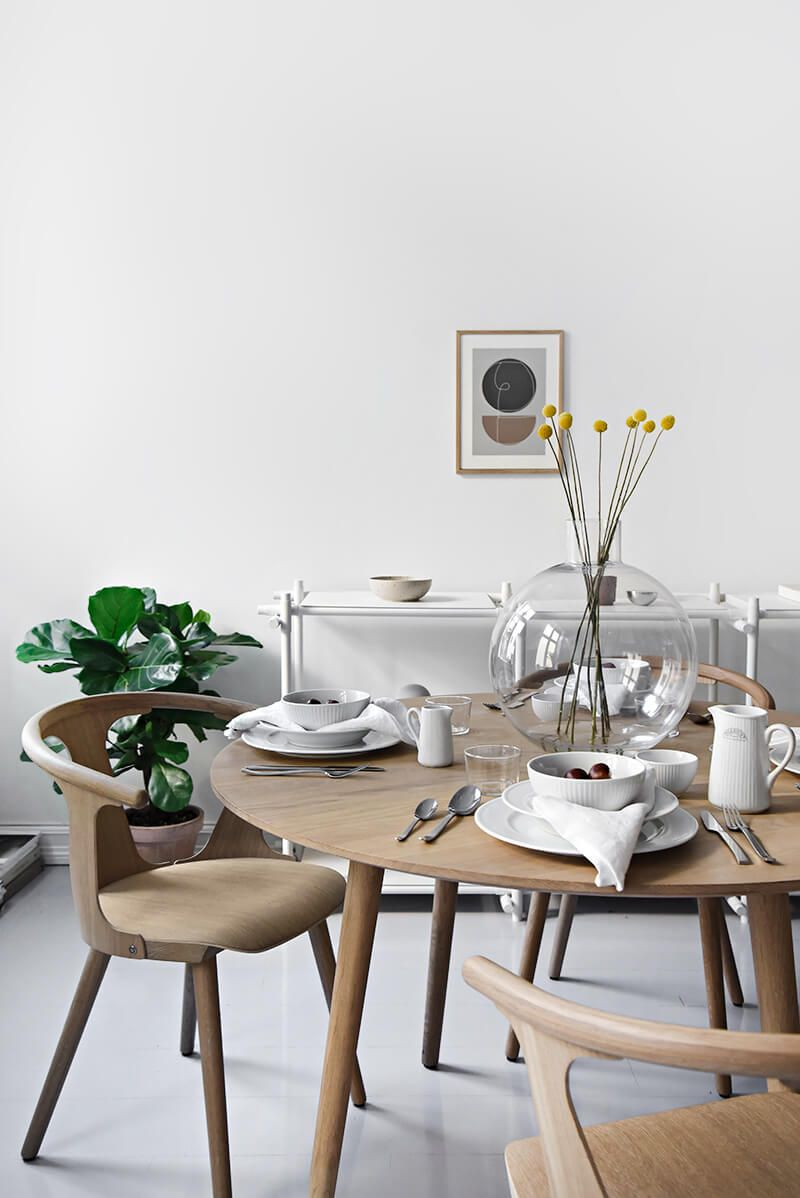 Modern Scandinavian Table Settings We Love Scandinavian Table Scandinavian Design Living Room Scandinavian