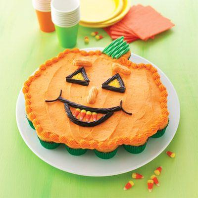 Pull-Apart Pumpkin Cake