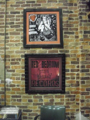 Awesome One Tree Hillu0027s Red Bedroom Records And Peytonu0027s Friends With Benefits  Record