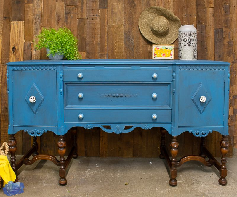 Painting Wood Furniture The Layered Look With Chalk Paint Roots Wings Furniture Llc Painting Wood Furniture Painted Furniture Paint Furniture