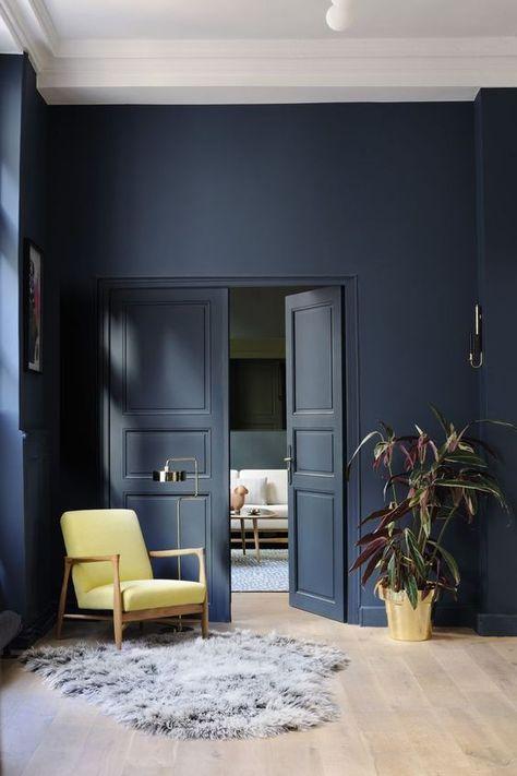 tolle wandfarbe für hohe, große Räume - mit weißen Decken- und ...
